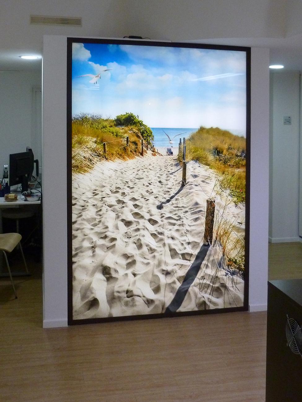 foto auf acrylglas beleuchtet foto hinter acrylglas beleuchtet foto auf acrylglas beleuchtet. Black Bedroom Furniture Sets. Home Design Ideas